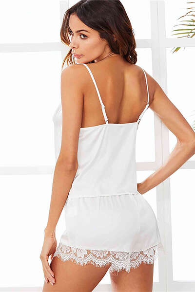Merry See - Beyaz Dantel İşlemeli Saten Şortlu Pijama Takım (1)
